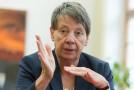 Bundesministerin Dr. Barbara Hendricks im Interview mit BG BAU aktuell